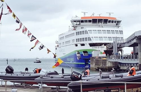 SMS Towage Assists Arrival of Wightlink's new 'Victoria of Wight' Eco-Friendly Ferry