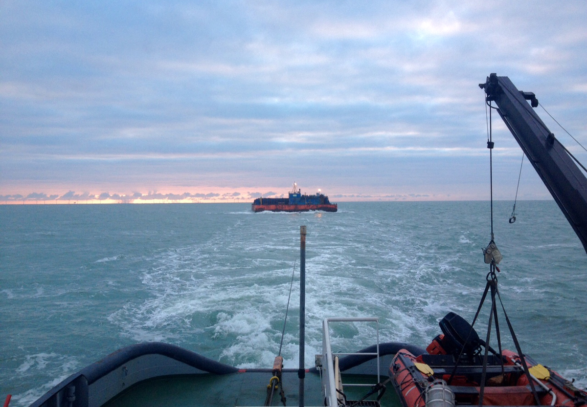 Offshore Towage : Barge Dymchurch to Tyne, Newcastle
